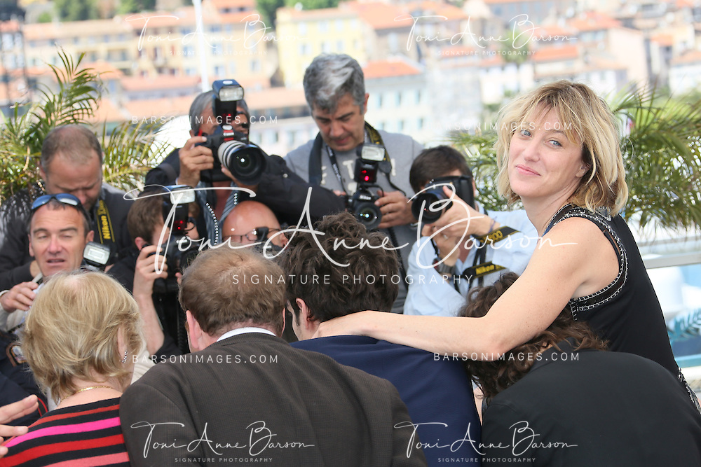 CANNES, FRANCE - MAY 21:  Valeria Bruni Tedeschi attends the photocall for 'Un Chateau En Italie' during The 66th Annual Cannes Film Festival at Palais des Festivals on May 21, 2013 in Cannes, France.  (Photo by Tony Barson/FilmMagic)