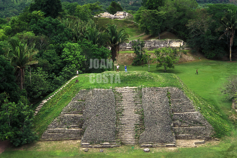 BELIZE / San Ignacio / Xunantunich mayan ruins...© JOAN COSTA