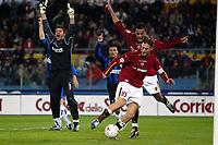 Roma 7/3/2004 24ema giornata Campionato italiano Serie A 2003/2004  Roma Inter 4-1 <br /> Francesco Totti segna nel primo tempo, ancora sullo 0-0, ma il gol verrà annullato per fuorigioco. <br /> Francesco Totti scores a  goal during first half. The referee will avoid it for a suspect offside.<br /> Foto Andrea Staccioli Graffiti