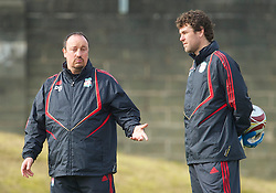 LIVERPOOL, ENGLAND - Wednesday, March 17, 2010: Liverpool's manager Rafael Benitez and goalkeeping coach Xavi Valero during training at Melwood Training Ground ahead of the UEFA Europa League Round of 16 2nd Leg match against LOSC Lille Metropole. (Photo by David Rawcliffe/Propaganda)