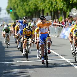Olympia's Tour Etappe Hoofddorp - Hoofddorp Winst voor Wim Stroetinga (Koga cycling Team)voor Marco Zanotti (Parkhotel Valkenburg Continentalteam) en Timothy Stevens (Team 3M)
