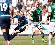 FODBOLD: Rasmus Groosen (Næstved BK) presses af Mads Aaquist (FC Helsingør) under kampen i NordicBet Ligaen mellem FC Helsingør og Næstved Boldklub den 27. maj 2017 på Helsingør Stadion. Foto: Claus Birch