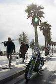 Litoranea Bari Mola San Vito Monopoli Turismo con Harley Davidson Sportster 72