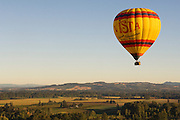 Vista Balloons tour over Eola Hills  vineyards & hop fields, Willamette Valley, Oregon