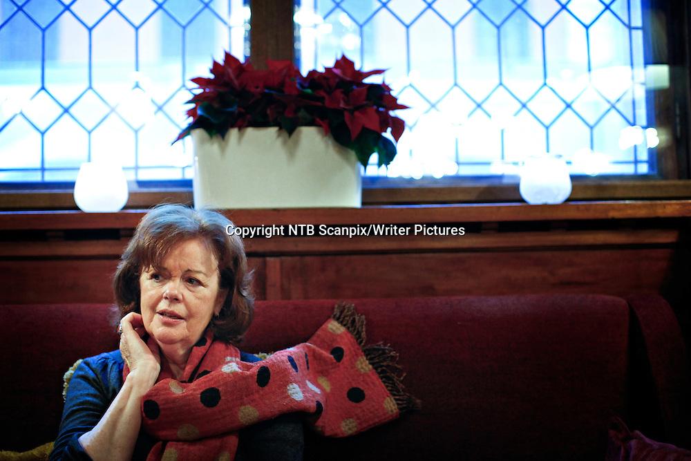 Oslo  20121204.<br /> Portrett med Julia Gregson i forbindelse med den nye boken &quot;Netter av sjasmin&quot; p&Acirc; Bristol.<br /> Foto: Anette Karlsen / NTB scanpix<br /> <br /> NTB Scanpix/Writer Pictures<br /> <br /> WORLD RIGHTS, DIRECT SALES ONLY, NO AGENCY