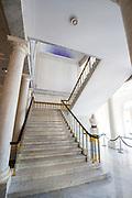 Openstelling Paleis Noordeinde en het Koninklijk Staldepartement<br /> <br /> Op de foto: Koninginnetrap