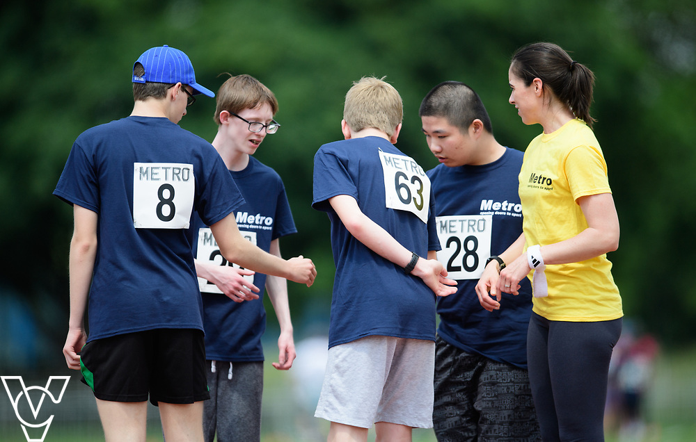 Metro Blind Sport's 2017 Athletics Open held at Mile End Stadium.  100m.  From left, Luke Boulding, Harrison Lovett, Sam Crowhurst (PLEASE CHECK) and Junjie Xu with guide runner<br /> <br /> Picture: Chris Vaughan Photography for Metro Blind Sport<br /> Date: June 17, 2017