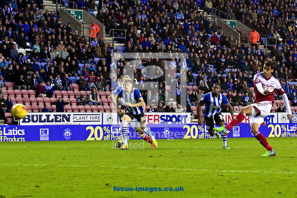 Bryan Ruiz of Fulham scores their third goal from a penalty to make it Wigan Athletic 3 Fulham 3 during the Sky Bet Championship match at the DW Stadium, Wigan<br /> Picture by Ian Wadkins/Focus Images Ltd +44 7877 568959<br /> 01/11/2014