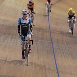 20-12-2015: Wielrennen: NK Baan: Alkmaar<br />ALKMAAR (NED) baanwielrennen  <br />ROy Pieters (Zwanenburg) pakt de titel op de scratch