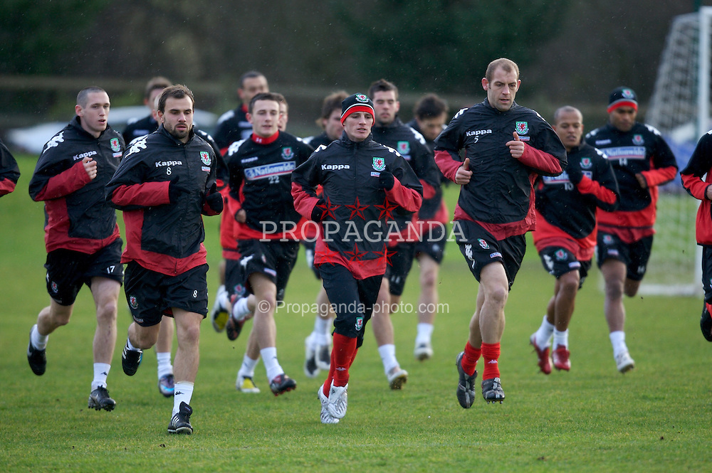 CHESTER, ENGLAND - Monday, February 4, 2008: Wales' L-R Craig Carl Fletcher, Jason Joumas and Steven Evans during training at the Carden Park Hotel ahead of their friendly match against Norway. (Photo by David Rawcliffe/Propaganda)