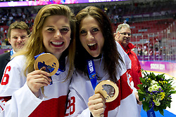 20.02.2014, Bolshoy Ice Dome, Adler, RUS, Sochi, 2014, Eishockey Damen, Medaillenfeier, im Bild Nina Waidacher (SUI), Torhueterin Sophie Anthamatten (SUI) mit Bronzemedaille an der Medaillenfeier // during Womens Icehockey Medal Ceremony of the Olympic Winter Games Sochi 2014 at the Bolshoy Ice Dome in Adler, Russia on 2014/02/20. EXPA Pictures © 2014, PhotoCredit: EXPA/ Freshfocus/ Urs Lindt<br /> <br /> *****ATTENTION - for AUT, SLO, CRO, SRB, BIH, MAZ only*****
