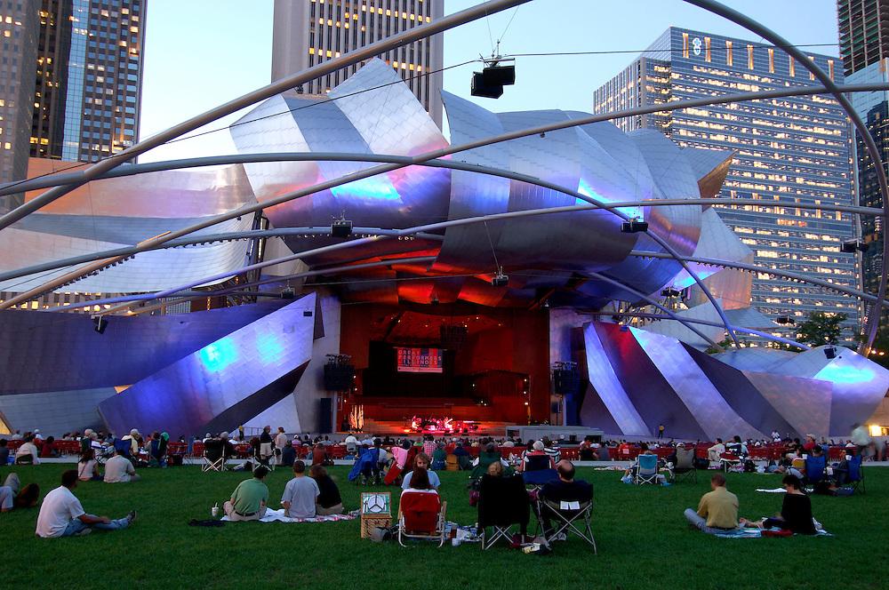 Jay Pritzker Pavilion, Millennium Park, Chicago, Illinois, USA