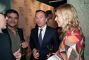 TONY CHAMBERS; CINDY SHERMAN, Wallpaper  Design Awards in partner ship with aSton Martin. The Edison, 223-231 Old Marylebone Road, London. 12 January 2011. . This year it is in partnership with Aston Martin.-DO NOT ARCHIVE-© Copyright Photograph by Dafydd Jones. 248 Clapham Rd. London SW9 0PZ. Tel 0207 820 0771. www.dafjones.com.