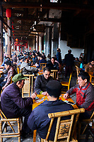Chine, Province du Sichuan, ancien village des environs de Chengdu, maison de thé // China, Sichuan province, ancient town around Chengdu, old tea house