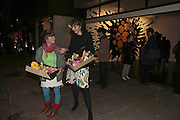 Rebecca Mears and Rukhsana Jahangir, Yinka Shonibare MBE, Flower Time. Private view at the Stephen Friedman Gallery.  Old Burlington St.  London 30 November 2006.   ONE TIME USE ONLY - DO NOT ARCHIVE  © Copyright Photograph by Dafydd Jones 248 CLAPHAM PARK RD. LONDON SW90PZ.  Tel 020 7733 0108 www.dafjones.com