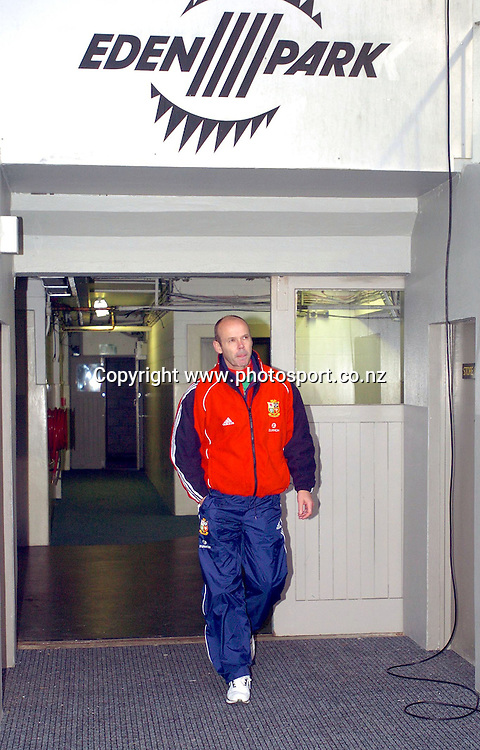 CAPTION: LIONS HEAD COACH SIR CLIVE WOODWARD ARRIVES AT THE STADIUM HOPING TO AVOID A 3-NIL SERIES WHITEWASH<br />