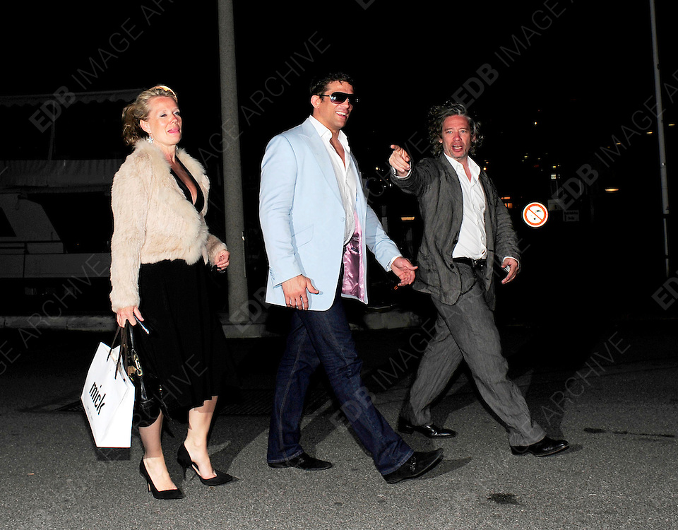 17.MAY.2011. CANNES<br /> <br /> ALEX REID AND DEXTER FLETCHER ARRIVING AT THE PAUL ALLEN OCTOPUSSY PARTY AT THE CANNES DU PORT DURING THE 64TH CANNES INTERNATIONAL FILM FESTIVAL 2011 IN CANNES, FRANCE<br /> <br /> BYLINE: EDBIMAGEARCHIVE.COM<br /> <br /> *THIS IMAGE IS STRICTLY FOR UK NEWSPAPERS AND MAGAZINES ONLY*<br /> *FOR WORLD WIDE SALES AND WEB USE PLEASE CONTACT EDBIMAGEARCHIVE - 0208 954 5968*