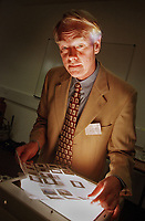 20/6/00.<br /> The opening of the Welcome Trust Centre for Human Genetics, Oxford. Speaker Prof. Wayne Hendrickson, biochemistry and molecular biophysics, columbia university.<br /> 20/6/00.