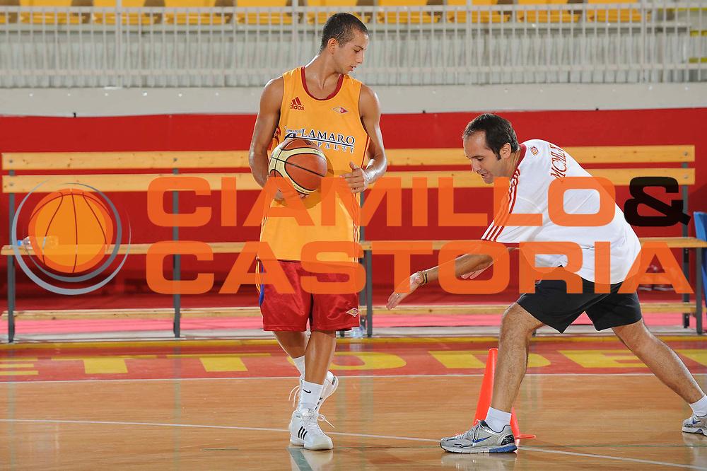 DESCRIZIONE : Roma Lega A 2009-10 Basket Lottomatica Virtus Roma  Allenamento<br /> GIOCATORE : Gennaro Di Carlo<br /> SQUADRA : Lottomatica Virtus Roma<br /> EVENTO : Campionato Lega A 2009-2010 <br /> GARA : <br /> DATA : 29/08/2009<br /> CATEGORIA : Allenamento<br /> SPORT : Pallacanestro <br /> AUTORE : Agenzia Ciamillo-Castoria/G.Ciamillo