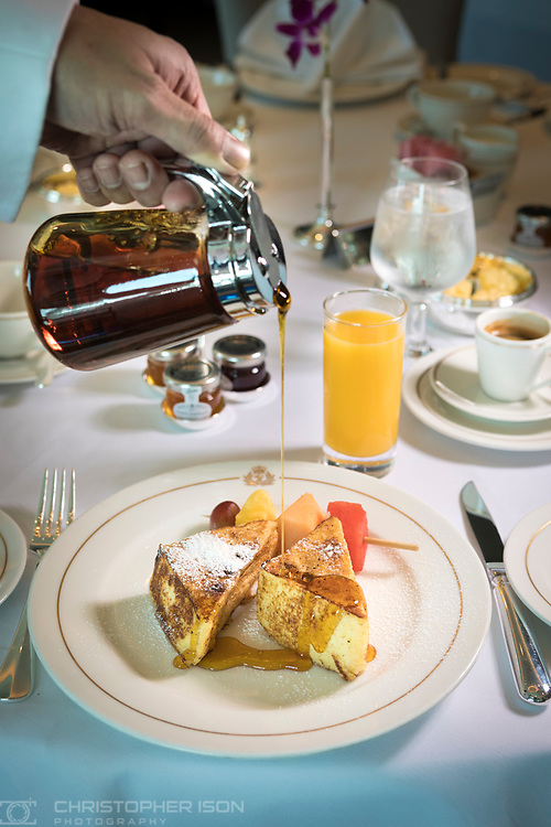French Toast for breakfast in the Britannia Club on board Cunard's Queen Victoria.<br /> Picture date: Sunday June 4, 2017.<br /> Photograph by Christopher Ison &copy;<br /> 07544044177<br /> chris@christopherison.com<br /> www.christopherison.com