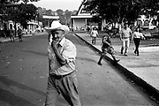 colombia1059 - government soldier patrols the formerly FARC controlled San Vicente del Caugan after the breakdown of 3 years of peace talks. Caqueta, march 2002<br />