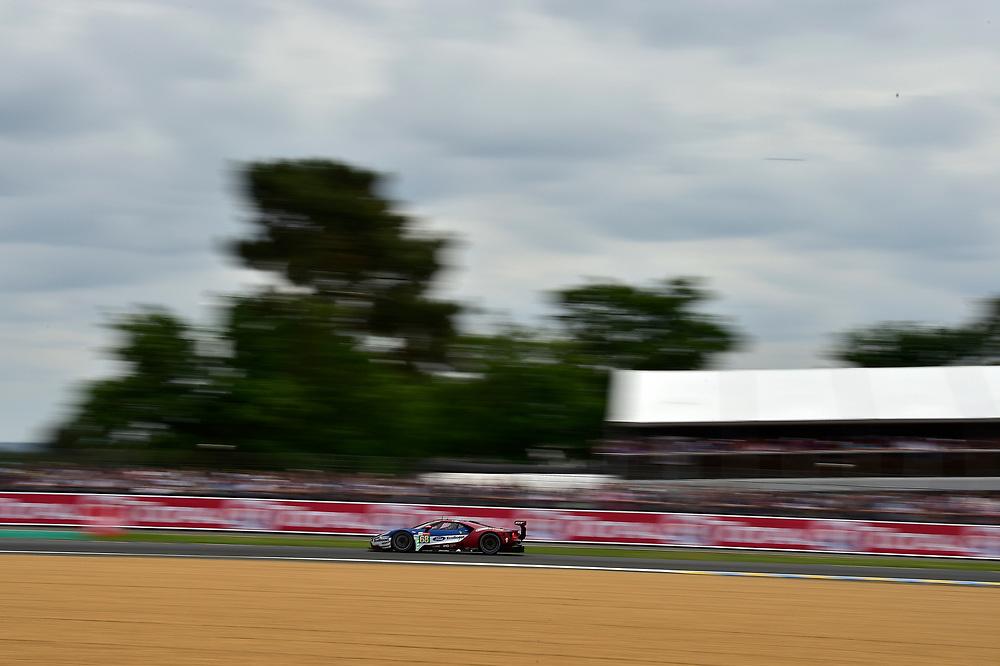 #68 Ford Chip Ganassi Racing Ford GT: Joey Hand, Dirk M&uuml;ller, S&eacute;bastien Bourdais<br /> Saturday 16 June 2018<br /> 24 Hours of Le Mans<br /> 2018 24 Hours of Le Mans<br /> Circuit de la Sarthe  FR<br /> World Copyright: Scott R LePage