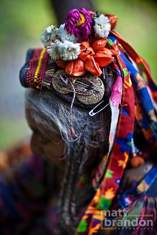 The headdress of a Dha Hanu woman.