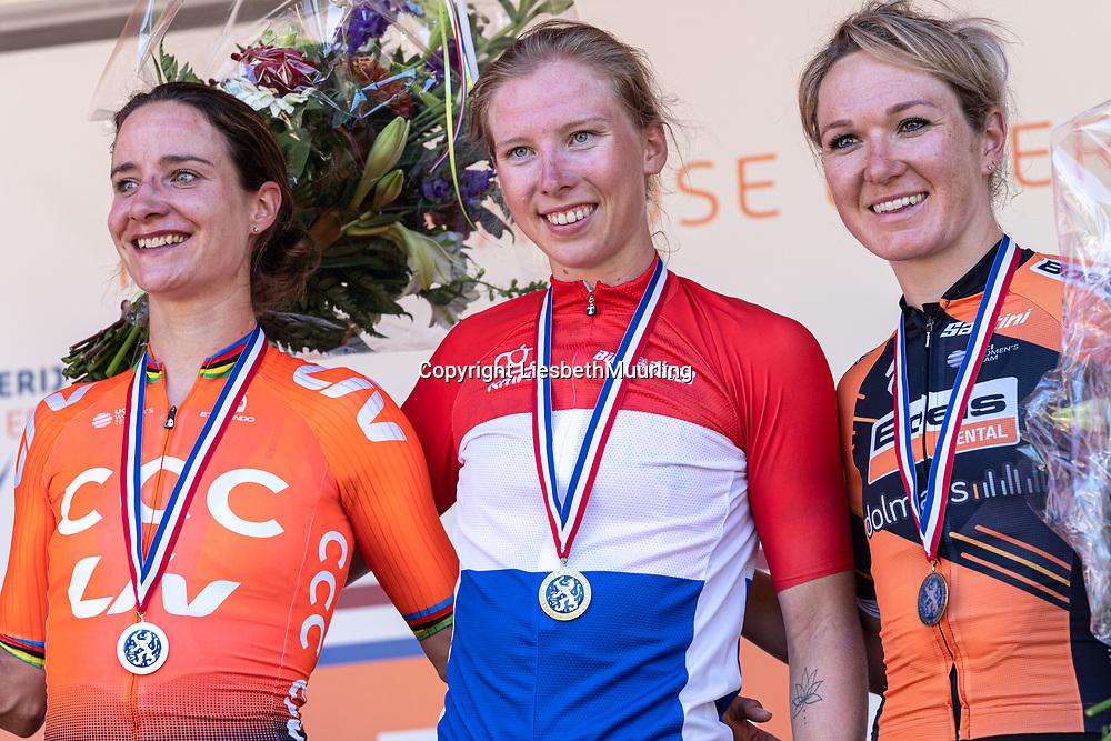 29-06-2019: Wielrennen: NK weg vrouwen: Ede  finish 1. Lorena Wiebes, Parkhotel cycling team, 2. Marianne Vos, CCC-Liv team, 3. Amy Pieters, Boels Dolmans Cyclingteam
