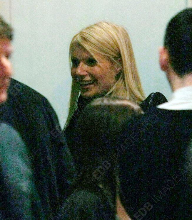 22.JAN.2010-LONDON<br /> <br /> ACTRESS GWYNETH PALTROW ATTENDS THE HOSPITAL CLUB IN COVENT GARDEN LONDON AFTER PARTICIPATING IN THE HELP FOR HAITI CAUSE. CELEBS ALL OVER WORLD PERFORM TO RAISE MONEY FOR THE LATEST DISASTER TO SHOCK THE WORLD IN HAITI IN THE CARIBBEAN.<br /> <br /> BYLINE MUST READ : EDBIMAGEARCHIVE.COM<br /> <br /> *THIS IMAGE IS STRICTLY FOR UK NEWSPAPERS AND MAGAZINES ONLY FOR WORLD WIDE SALES AND WEB USE PLEASE CONTACT EDBIMAGEARCHIVE - 0208 954 5968