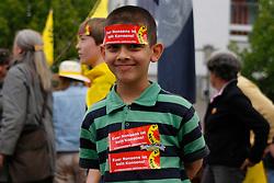 160 000 Menschen demonstrieren am 28. Mai 2011 bundesweit gegen die Nutzung der Atomkraft - 300 davon in Uelzen nahe Gorleben. <br /> <br /> Ort: Uelzen<br /> Copyright: Karin Behr<br /> Quelle: PubliXviewinG