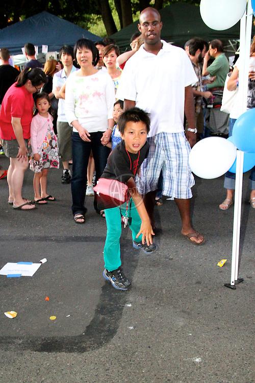 Seattle Chinatown/International District Night Market Aug 2011.