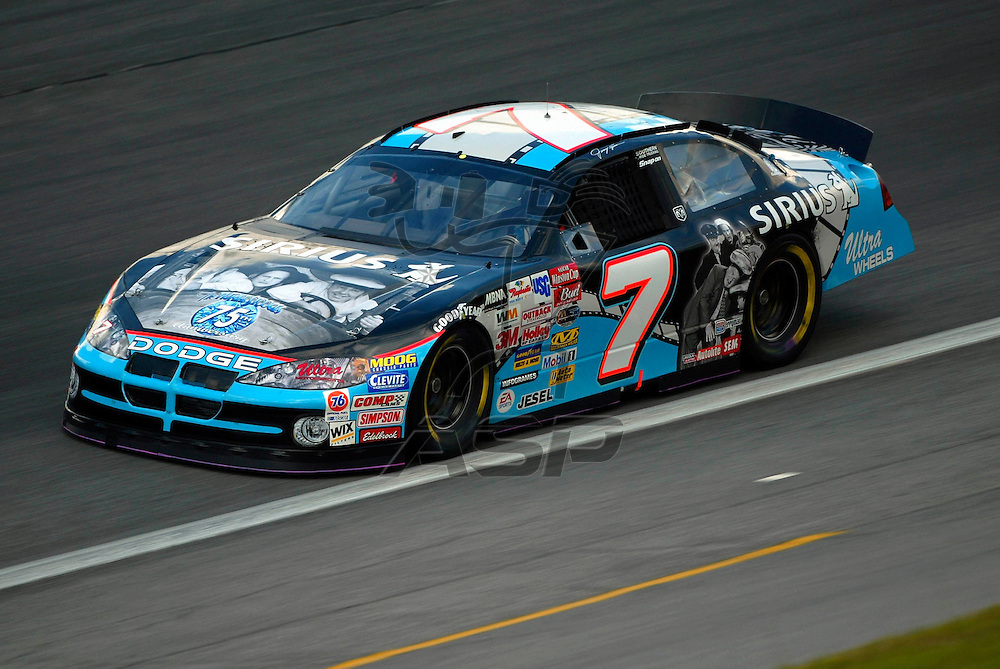 Jimmy Spencer takes his Three Stooges Sirius Dodge through its' paces at the Lowe's Motor Speedway for the running of the UAW GM 500 NASCAR Winston Cup race in Concord, NC.