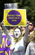 Mujeres que representas a grupos feministas realizan Miercoles May 15, 2013 una protesta Centro  Judicial y Corte Suprema de Justicia para exigir la pronta resolcion de un amparo para que se pueda realizar un aborto a una mujer que padece lupus. Photo: Edgar ROMERO/Imagenes Libres.
