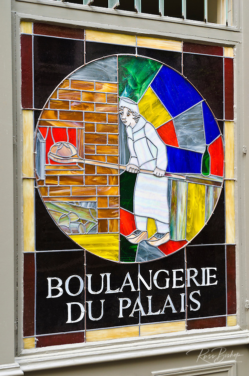 Boulangerie du Palais in old town Vieux Lyon, France (UNESCO World Heritage Site)