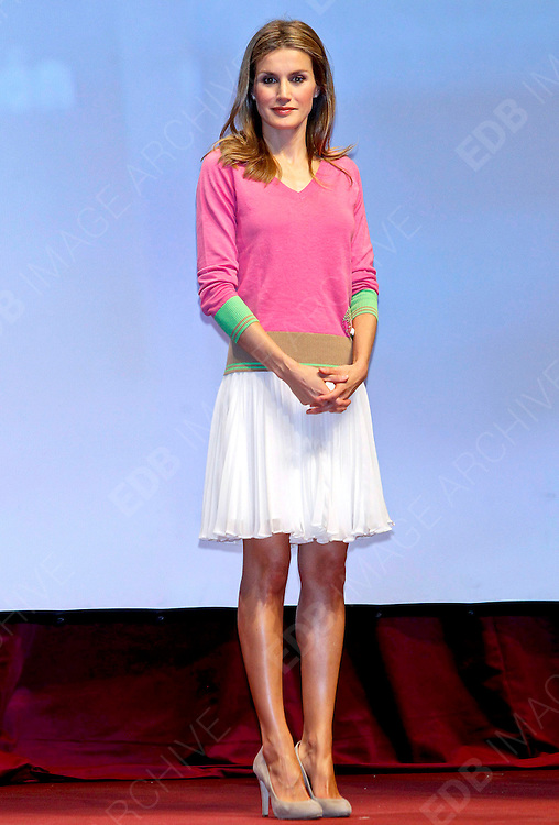 13.SEPTEMBER.2012. CORDOBA<br /> <br /> PRINCESS LETIZIA ATTENDING THE ANNUAL SPANISH ASSOCIATION AGAINST CANCER AWARDS GALA AT EL CIRCULO DE LA AMISTAD, CORDOBA<br /> <br /> BYLINE: EDBIMAGEARCHIVE.CO.UK<br /> <br /> *THIS IMAGE IS STRICTLY FOR UK NEWSPAPERS AND MAGAZINES ONLY*<br /> *FOR WORLD WIDE SALES AND WEB USE PLEASE CONTACT EDBIMAGEARCHIVE - 0208 954 5968*