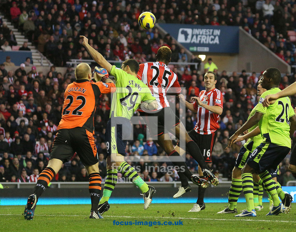 Picture by Paul Gaythorpe/Focus Images Ltd +447771 871632.03/11/2012.Louis Saha of Sunderland heads over the bar during the Barclays Premier League match at the Stadium Of Light, Sunderland.