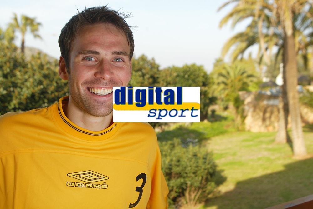 Fotball - 10. mars 2002, Treningsleir La Manga. Steinar Pedersen, Start. <br /><br /><br />Foto: Andreas Fadum, Digitalsport