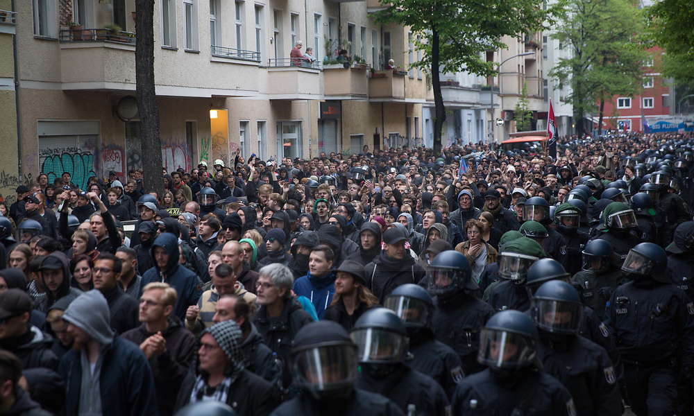 Berlin, Germany - 01.05.2017<br /> <br /> Thousands of people participate in the revolutionary 1st May demonstration in Berlin-Kreuzberg. The demo, traditionally starting at 6 pm, was not registered this year. Particularly<br />  at the end of the demonstration, bottles were thrown and police forces arrest several protestors.<br /> <br /> Tausende Menschen beteiligen an der revolutionaeren 1.Mai Demonstration in Berlin-Kreuzberg. Die traditionell um 18 Uhr beginnende Demo wurde in diesem Jahr nicht angemeldet. Insbesondere am Ende dem Demonstration kam es zu Flaschenwuerfen und Festnahmen.<br /> <br /> Photo: Bjoern Kietzmann