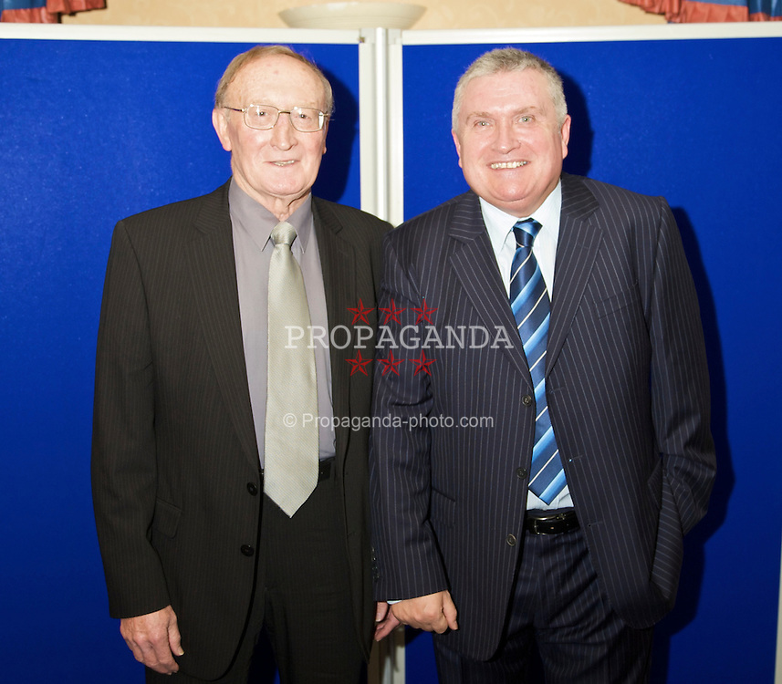 LIVERPOOL, ENGLAND - Friday, November 27, 2009: xxxx and Ronnie Goodlass at the Health Through Sport charity dinner at the Devonshire House. (Photo by David Rawcliffe/Propaganda)