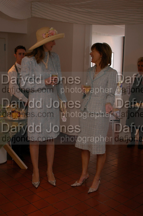 the hon Mrs. Nicholas Soames and Lady Astor. Glorius Goodwood. 27 July 2005. ONE TIME USE ONLY - DO NOT ARCHIVE  © Copyright Photograph by Dafydd Jones 66 Stockwell Park Rd. London SW9 0DA Tel 020 7733 0108 www.dafjones.com