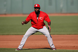 SAN FRANCISCO, CA - JULY 26: Brandon Phillips #4 of the Cincinnati Reds stands on the field during batting practice before the game against the San Francisco Giants at AT&T Park on July 26, 2016 in San Francisco, California.  The San Francisco Giants defeated the Cincinnati Reds 9-7. (Photo by Jason O. Watson/Getty Images) *** Local Caption *** Brandon Phillips