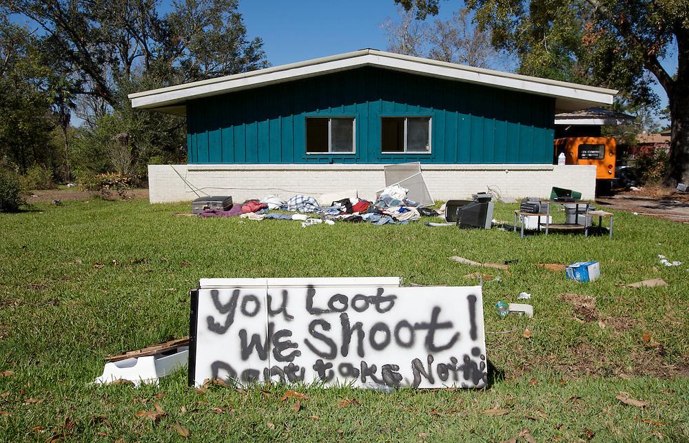 UNITED STATES-BRIDGE CITY, TX-Damages after hurricane Ike. VERENIGDE STATEN-BRIDGE CITY TX-Schade na orkaan Ike . PHOTO GERRIT DE HEUS