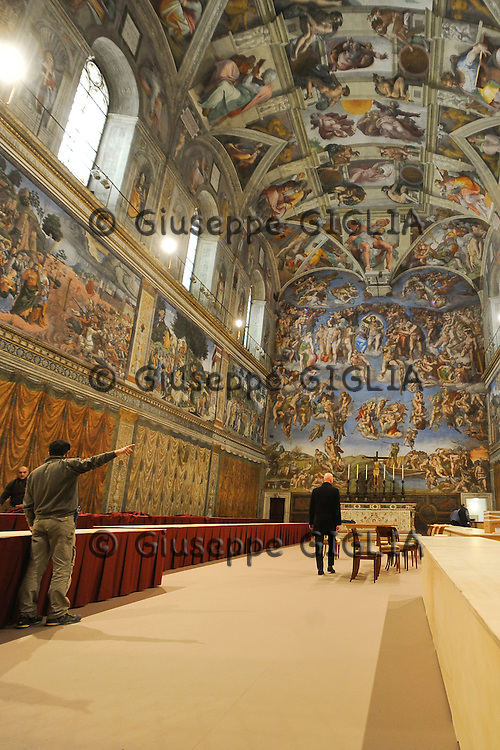 Cappella Sistina, work in progress for next conclave.