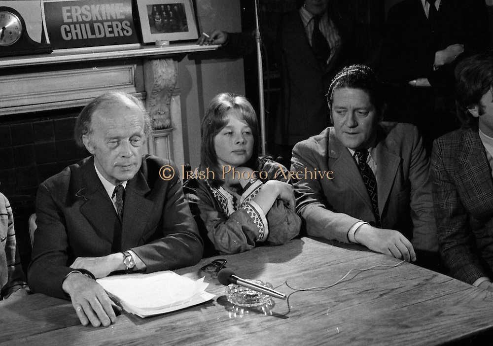 Erskine Childers Press Conference..1973..31.05.1973..05.31.1973..31st May 1973..At a press conference at Fianna Fail headquarters, Mr Erskine Childers, was confirmed as the winner of the presidential campaign. He won by a margin of 52% to 48% beating the favourite Tom O'Higgins,Fine Gael..Image of party colleague,Mr Brian Lenihan TD, joining Mr Erskine Childers and daughter,Nessa,at the top table during the press conference.