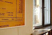 15 JAN 2002, BERLIN/GERMANY:<br /> Teil einer Reproduktion eines Originaldokuments Zahl der Juden nach Schaetzung Eichmanns (11.000.000) und ein Fenster mit Blick auf den Wannnsee, Gedenk- und Bildungsstaette Haus der Wannsee-Konferenz, Am Grossen Wannsee 56-58, 14109 Berlin<br /> IMAGE: 20020115-01-025<br /> KEYWORDS: