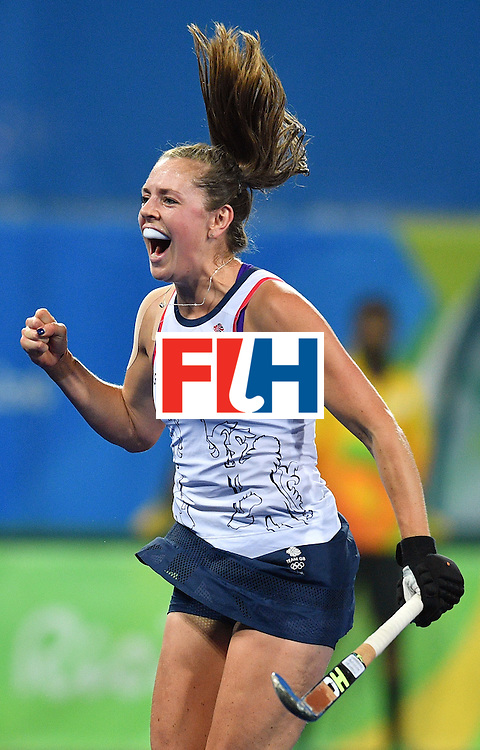 Britain's Georgie Twigg celebrates the opening goal during the women's quarterfinal field hockey Britain vs Spain match of the Rio 2016 Olympics Games at the Olympic Hockey Centre in Rio de Janeiro on August 15, 2016. / AFP / Carl DE SOUZA        (Photo credit should read CARL DE SOUZA/AFP/Getty Images)
