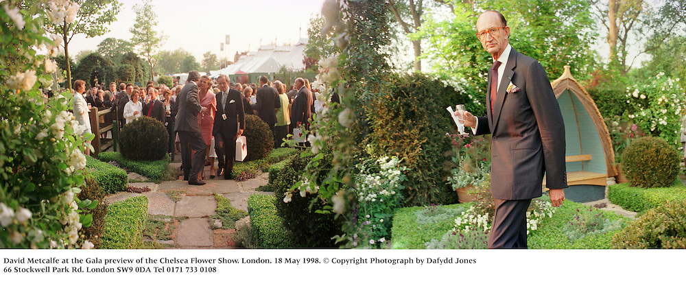 David Metcalfe at the Gala preview of the Chelsea Flower Show. London. 18 may 1998<br /> © Copyright Photograph by Dafydd Jones<br /> 66 Stockwell Park Rd. London SW9 0DA<br /> Tel 0171 733 0108