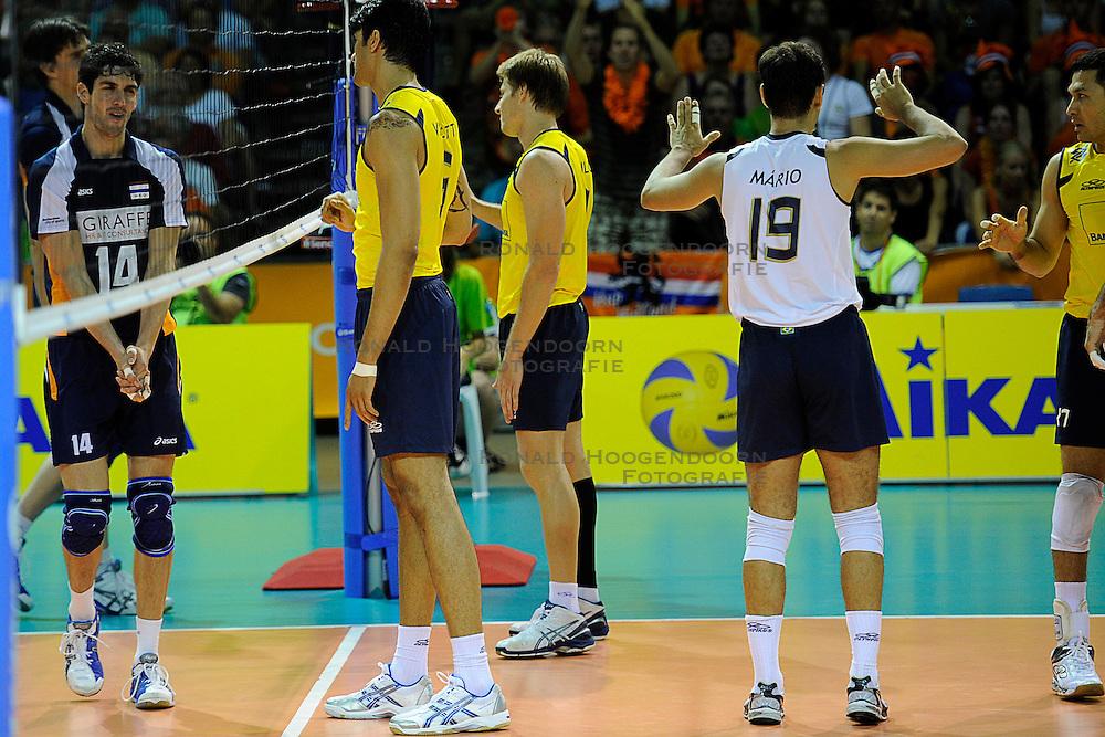 26-06-2010 VOLLEYBAL: WLV NEDERLAND - BRAZILIE: ROTTERDAM<br /> Nederland verliest met 3-1 van Brazilie / Mario, Vissotto, Murilo en Sidao<br /> &copy;2010-WWW.FOTOHOOGENDOORN.NL