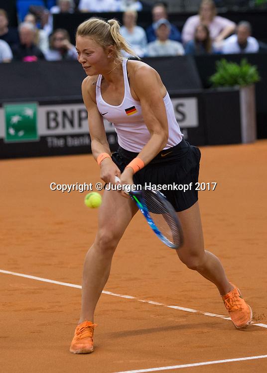GER-UKR, Deutschland - Ukraine, <br /> Porsche Arena, Stuttgart, internationales ITF  Damen Tennis Turnier, MannscCARINA WITTHOEFT