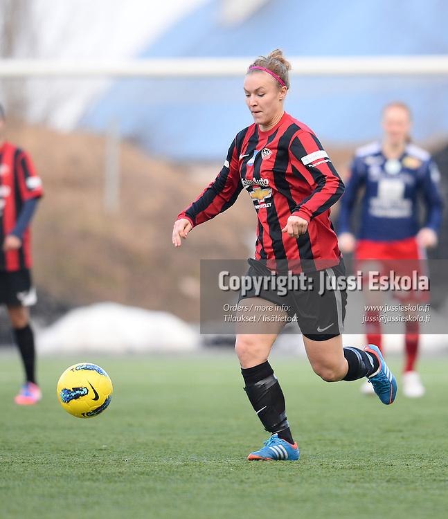 Heidi Kivelä. PK-35 - Åland United. Naisten Liiga. Vantaa 17.4.2013. Photo: Jussi Eskola